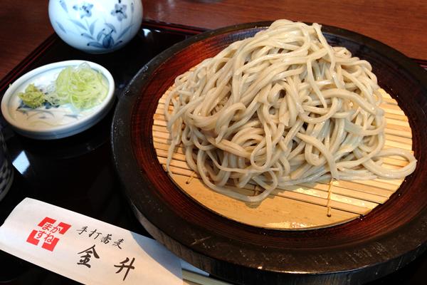 モダンな雰囲気の手打ちそば屋さん!飯田橋 手打蕎麦 金升(かねます)