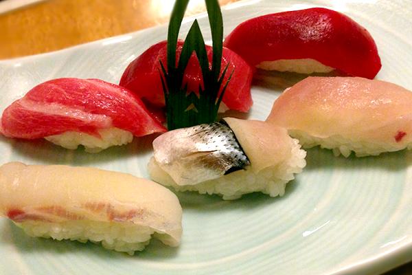 関東ITS健保加入者と一緒でないと入れないおいしいお寿司屋さん!鮨 一新