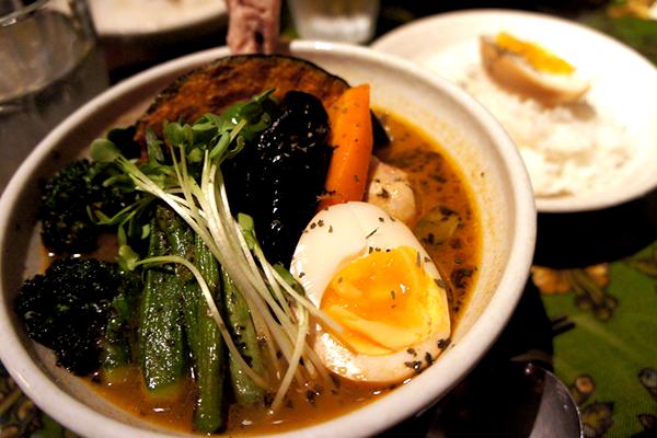 旭川発!チキンと野菜の旨味がたっぷりなスープカレーのお店 Chaos Heaven(カオスヘブン)