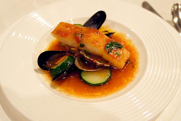 鮮魚と貝類のズッパ・ディ・ペッシェ