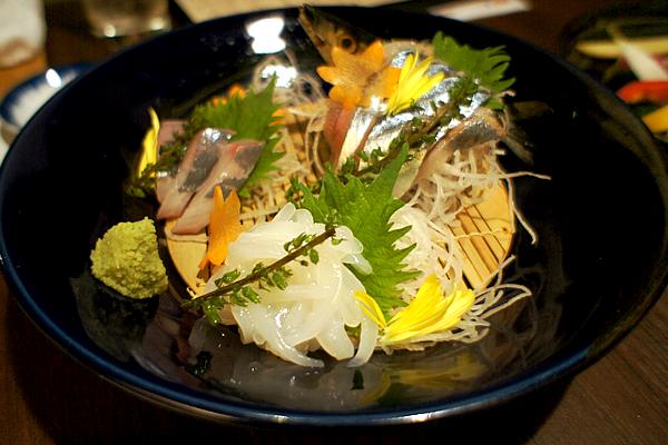 本日の鮮魚三種盛り合わせ