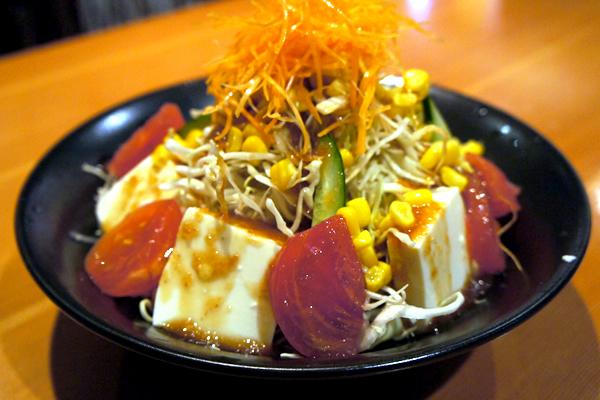 豆腐のサラダ