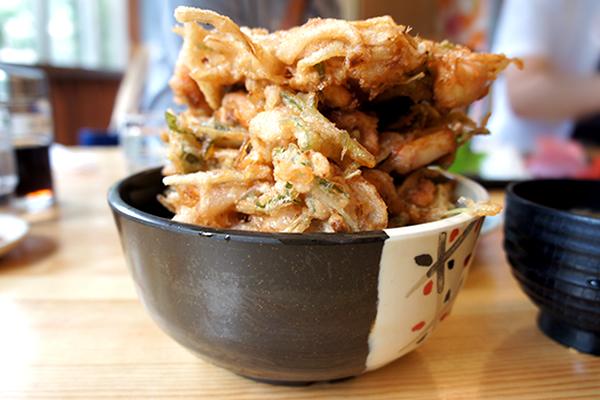 かき揚丼が超ボリューミー!内房の海鮮を様々な調理で楽しめるお店 ばんや