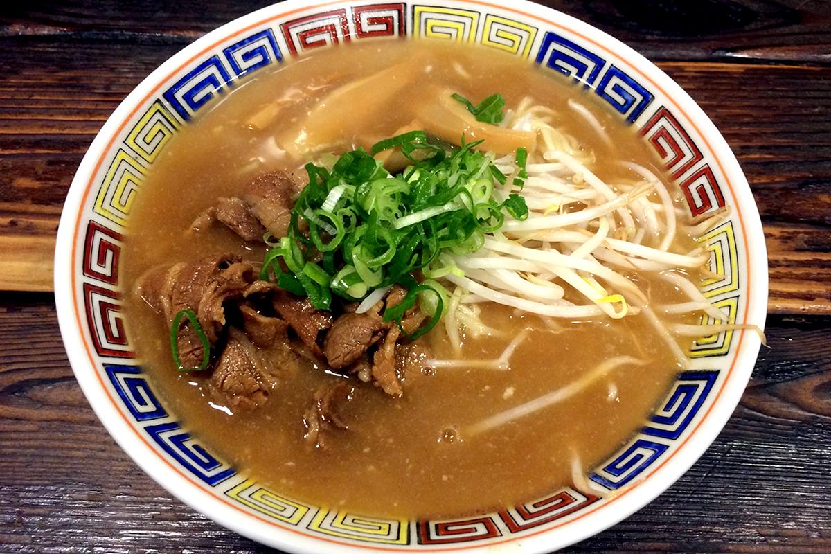 ちょっと甘めのスープがおいしい本場徳島ラーメンを東京で!早稲田 うだつ食堂