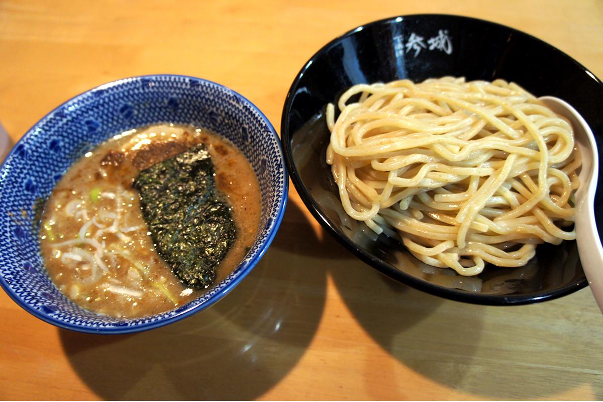 こんなお店が欲しかった!長野県諏訪地方の本格魚介豚骨つけ麺店 つけめん参城