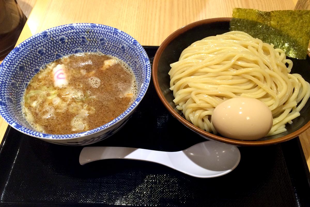 舎鈴(しゃりん)大島駅前店 味玉つけ麺 中盛